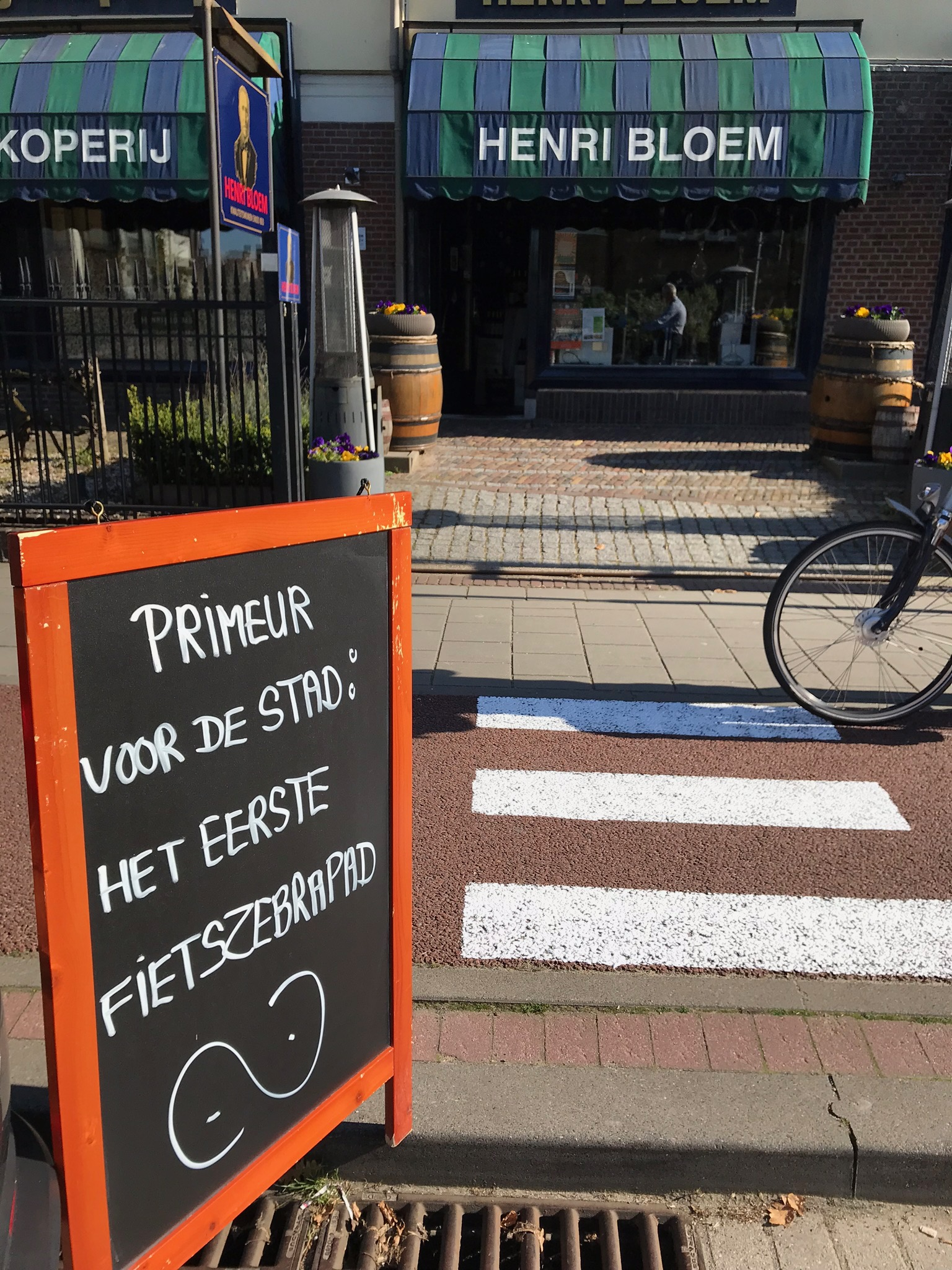 Fietszebrapad 1 april grap